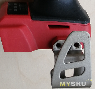 Импульсный (ударный) гайковёрт средней мощности MILWAUKEE 2962-20
