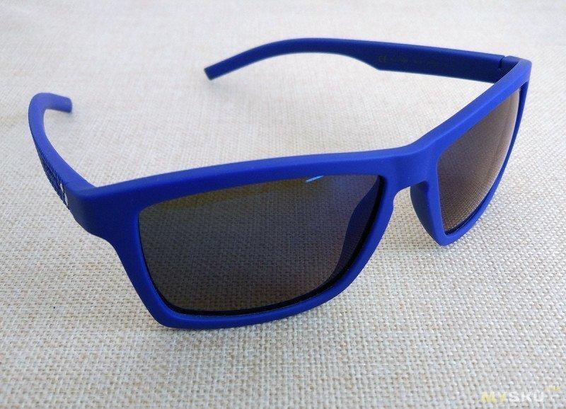 Поляризационные очки Polaroid PLD7009